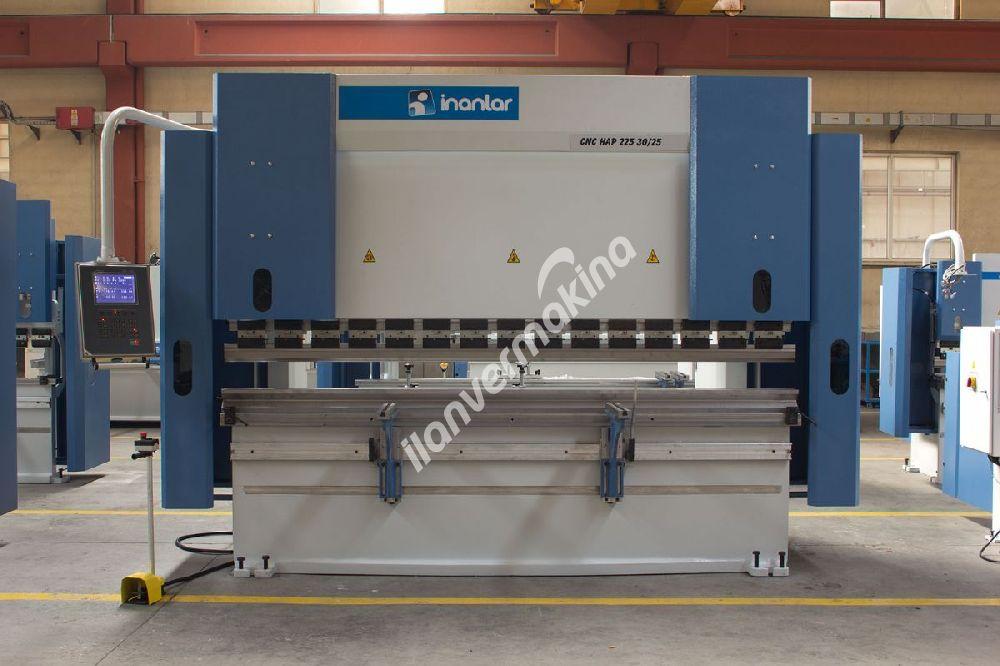 3 Metre x 225 Ton Press Brake - Abkant Pres