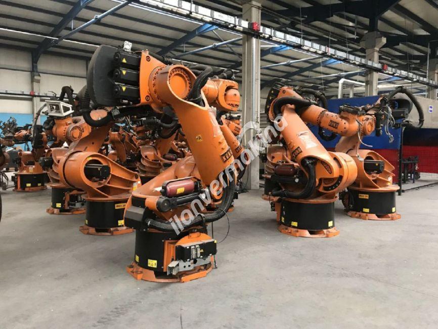 KUKA KR 360 2004 MODEL ROBOT