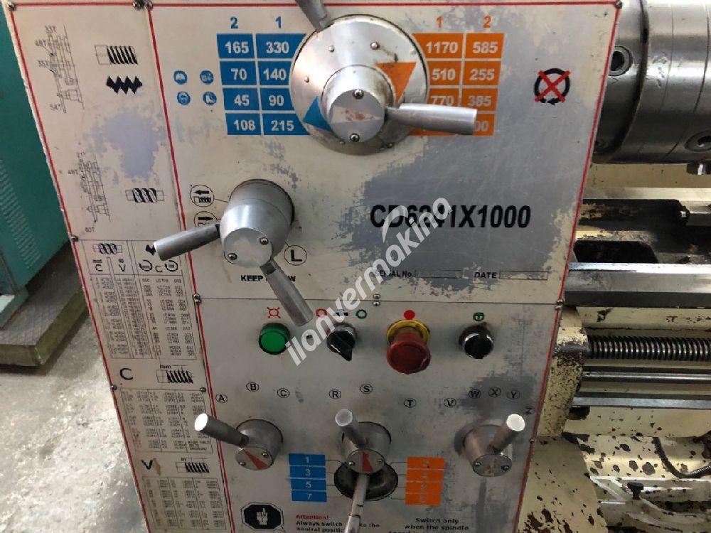 Çin Torna CD6241 410 x 1000 mm Ara Parça Çıkıyor DİJİTALLİ