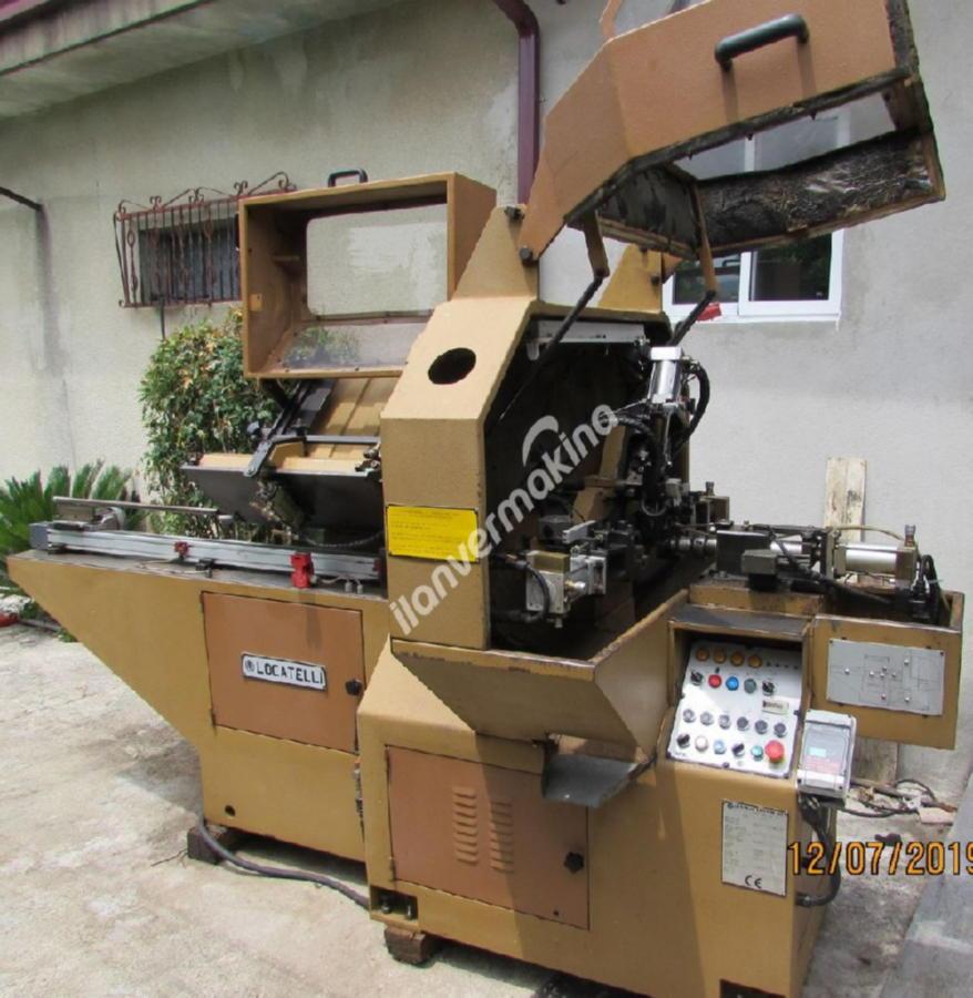 Tam Otomatik Ahşap Torna Makinesi