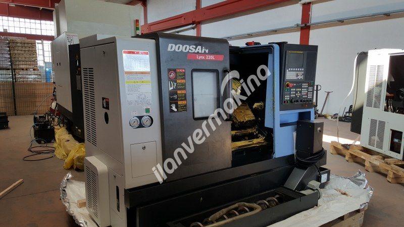 Doosan LYNX 220 LC 8 İnç Cnc Torna