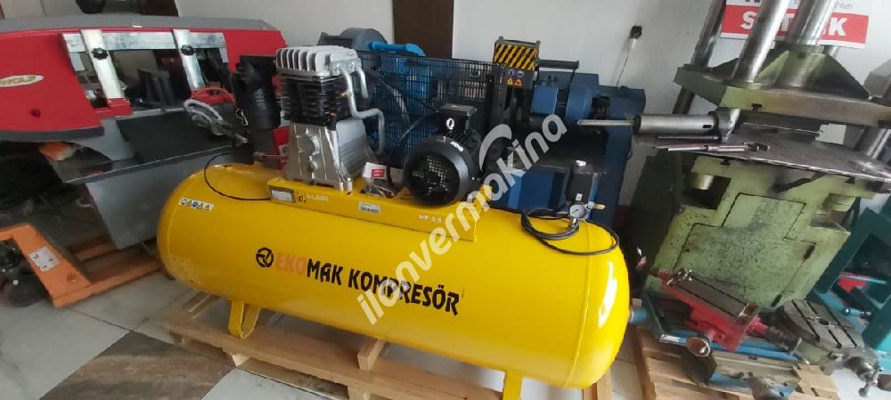 Ekomak 500 LİTRE 5.5HP Bar Kompresör