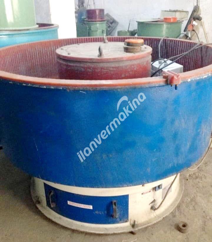 Vibrasyon Çapak Alma Makinası 400 litre Eleksiz