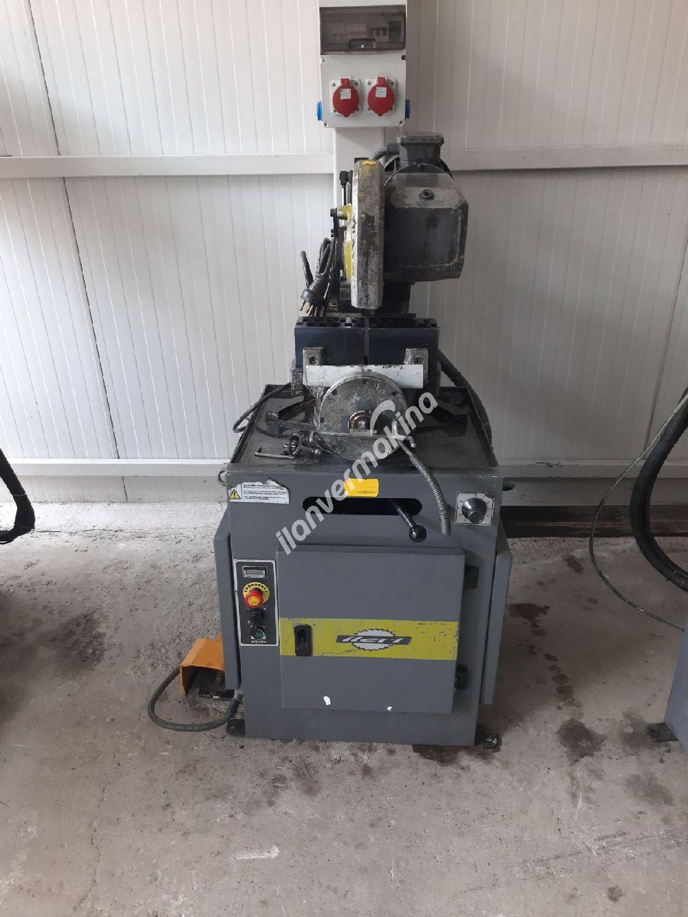 İleri Teknik V315 hx Yarı Otomatik Daire Testere