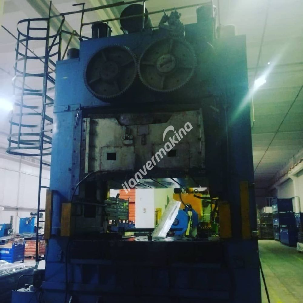 500 ton h tipi eksantirik pres Erel marka 2200x1500 tabla ara boşluk 700